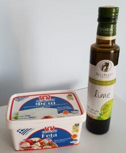 Przepis na prostą i zdrową sałatkę z greckim akcentem.