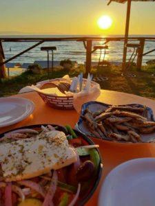 Ile kosztuje obiad w greckiej tawernie?